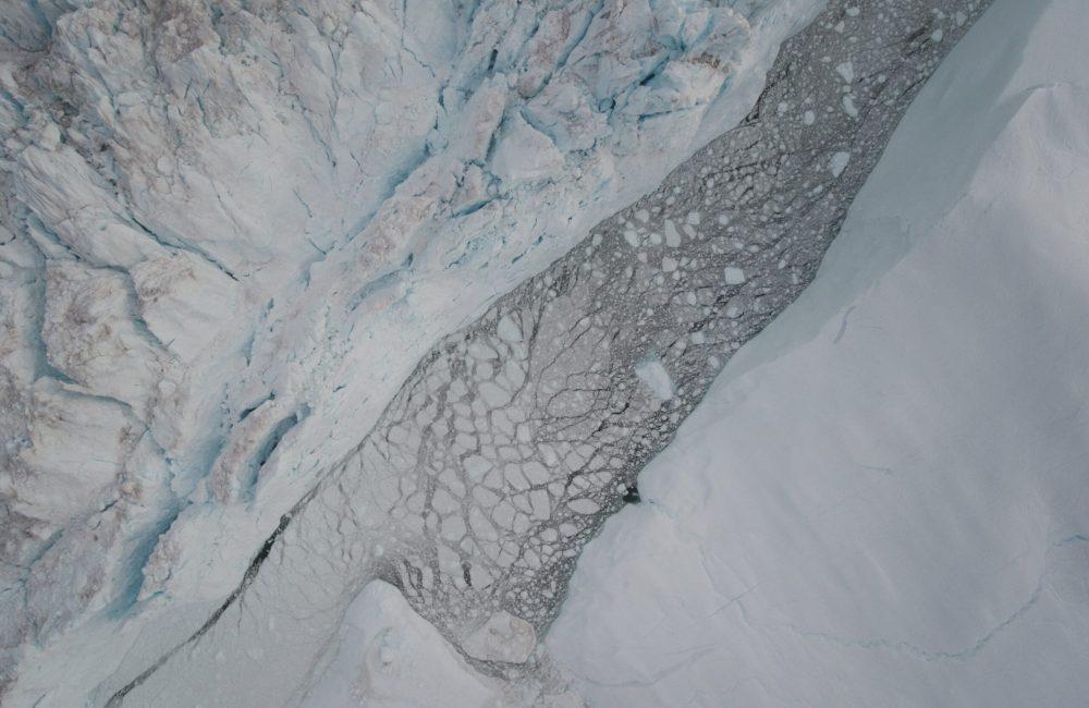 Between icebergs-min